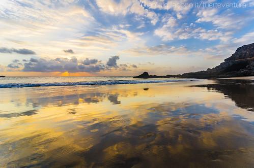 a Silent show - atardecer playa de Los Molinos - Fuerteventura