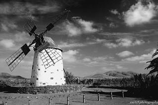 Wind mill on Fuerteventura - travel to the inside island