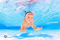 H2OFoto.de Babyschwimmen Unterwasserfotoshooting taken with SUBAL Underwater Camera Housings (Babyschwimmer) Tags: magdeburg stendal babyschwimmen foto fotograf schwimmbad schwimmkurs hallenbad hebamme kursleiter tauchen schwimmen fotoshooting bäderbetriebe stadtwerke flyer poster gutschein taucher fotostudio h2ofoto baby kleinkind säugling nirvanababy flickraward oberhof