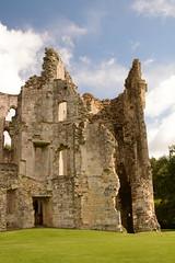 DSC_1720 (amoamas07) Tags: oldwardourcastle englishheritage castle ruin