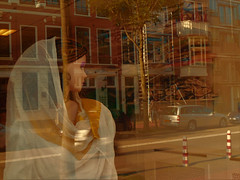 Beauty in the window (JoséDay) Tags: perfectbeautygroup beautyinashop shopwindow reflections refletir réflexion thehague denhaag thenetherlands lightcolour sunlight worldlightning panasonicdmctz10 panasonictz10