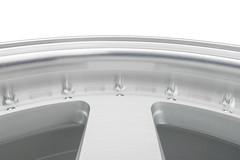FF550 Lip Detail