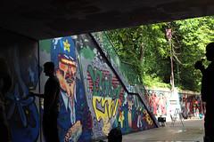 pottwall_gegenlicht_graffiti_happypill_xx_ (happypill.de) Tags: graffiti gladbach germany shadow unterführung streetart streetartgermany character happypill xxcrew xx cop polizei schlagstock illustration