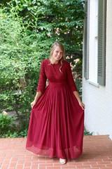b2d9834aaa2485310f2383d855111de7--modest-bridesmaid-dresses-modest-dresses (nloik) Tags: blonde rubia long largo vestido dress victorian vintage beautiful linda bella hermosa