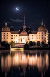 Mond über Schloss Moritzburg II