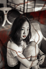 Look What You Made Me Do! (Trịnh Quang Hiếu) Tags: creepy look what you made me do photoshop canon 6d pentax 50mm horror portrait indoor