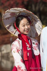 Seoul (Rolandito.) Tags: 서울 seoul south korea park portrait costume girl woman 대한민국