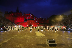 Tattoo 2nd Visit-61 (Philip Gillespie) Tags: 2017 edinburgh international military tattoo splash tartan scotland city castle canon 5dsr crowds people boys girls men women dancing music display pipes bagpipes drums fireworks costumes color colour flags crowd lighting esplanade mass smoke steam ramparts young old cityscape night sky clouds yellow blue oarange purple red green lights guns helicopter band orchestra singers rain umbrella shadows army navy raf airmen sailors soldiers india france australia battle reflections japan fire flames celtic clans