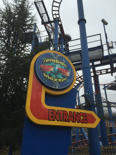 Spinball Whizzer - Entrance