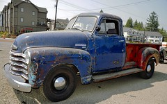 48 4 Sale_pe (creepingvinesimages) Tags: htt pickuptruck vintage chevy chevrolet 1948 outdoors colors red blue washingtoncounty oregon nikn d7000 pse14 spe