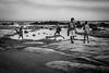 Spiaggia sottostante la Scala dei Turchi (marghe.franceschin83) Tags: scaladeiturchi sicily children blackandwhite monocromo sea
