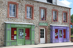 Courcy : commerce en couleur (philippeguillot21) Tags: commerce shop tabac épicerie café courcy manche cotentin coutançais normandie france europe pixelistes canon