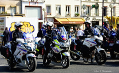 Police Paris - Compagnie Motocycliste (Arthur Lombard) Tags: police policedepartment policecar moto bike motorcyclist paris emergency 911 999 112 17 yamaha bmw yamaha900tdm bmwr1200rt yamahafjr1300 led gyrophare bluelight demonstration nikon nikond7200 street