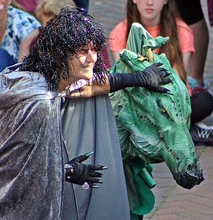 Street Performers - Sidmouth Folk Festival, Sidmouth, Devon - Aug 2017