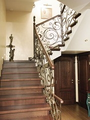 Дизайн интерьера частного дома | лестница