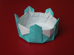 Decagonal basket (Mélisande*) Tags: mélisande origami box decagon