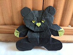 Teddy Bear (Q. Trollip) (Helyades) Tags: origami trollip square carré papier paper soie tissue teddy bear nounours animal peluche pli pliage fold