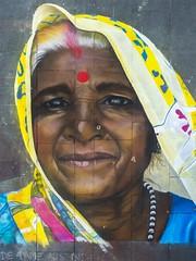 Street Art Festival Geldern - Lady from India (stefanfricke) Tags: streetart strasenmaler portrait lady india chalk geldern sony ilce6000 a6000 sel1650