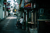 lazy afternoon (N.sino) Tags: m9 summilux50mm ueda alley lazyafternoon 上田市 路地裏 飲み屋街 基盤 おっさん