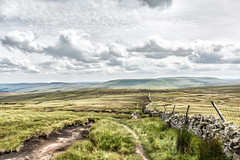 Walking Over The Dales (jamesromanl17) Tags: countryside rollinghills grassy grassland valley rural moorland hillside canon eos 5d markiii clouds cloud cloudscape cloudy landscape landscapes sky skies walk walking yorkshire dales nationalpark england britain