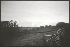 Monsal (fawcetownsley) Tags: film blackandwhite diy 400asa hp5 rodinal zuiko schwarzweiss stand wideangle 1to100 olympus om4