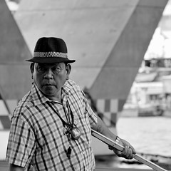 talisman (trimethylxanthine2) Tags: boatman bkk chaophraya