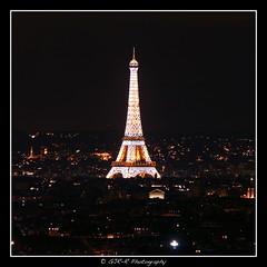 2017.09.16 Paris 20 by night 9 (garyroustan) Tags: paris france french iledefrance ile island nuit night light color noche tour eiffel torre tower
