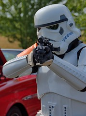 Storm Trooper (swong95765) Tags: stormtrooper soldier starwars costume weapon gun rifle helmet character scary