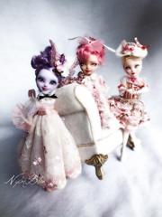 Three little pink  cutties (NylonBleu) Tags: ever after high ooak custo nylonbleu