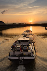 Saturday Self Challenge: Transport (naturum) Tags: 2017 amsterdam amsterdamrijnkanaal august augustus boat boot geo:lat=5235646972 geo:lon=496945739 geotagged holland nederland netherlands saturdayselfchallenge schip ship ssc summer sunset transport zomer zonsondergang noordholland