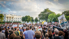 2017.08.13 Charlottesville Candlelight Vigil, Washington, DC USA 8055