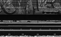 (o texano) Tags: houston texas graffiti trains freights bench benching next nekst dts defthreats a2m adikts mayhem