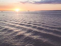 Undulating water. (Pablin79) Tags: sky sunrise sunset water river sun light clouds outdoor colors calm horizon shadows sundown dawn afternoon argentina red orange burning misiones sunet beach posadas