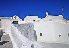 GONIAS - (Santorini - Grecia) (cannuccia) Tags: landscape paesaggi grecia santorini gonias bianco bicolore architettura muri geometrie dettagli virgiliocompany