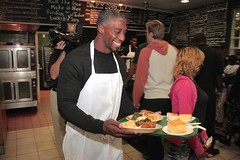 "thomas-davis-defending-dreams-foundation-thanksgiving-at-lolas-0141 • <a style=""font-size:0.8em;"" href=""http://www.flickr.com/photos/158886553@N02/36371056103/"" target=""_blank"">View on Flickr</a>"