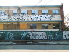 (gordon gekkoh) Tags: tase cower pestoe baers jeans oakland graffiti