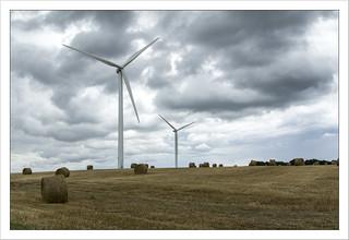 Wind Turbines (Éoliennes)