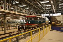 NS 20 in werkplaats Maastricht (vos.nathan) Tags: ns nederlandse spoorwegen nsm nederlands spoorwegmuseum 20 kameel nedtrain werkplaats maastricht onderhoudsbedrijf mt