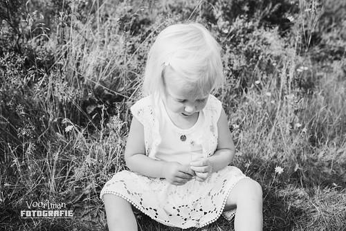 0826 Familieshoot Assen (Voortman Fotografie) WEB-9