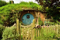 Incredibly real place, not just a film set (T Ξ Ξ J Ξ) Tags: newzealand hobbiton hobbitonmovieset matamata d750 nikkor teeje nikon2470mmf28 lbwarmingcpl hobbit house hole home