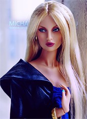 Rayna (Michaela Unbehau Photography) Tags: integrity toys rayna mad love fashion royalty fr fr2 nuface reckless michaela unbehau fashiondoll doll dolls toy photography mannequin model mode puppe fotografie