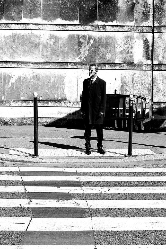 paris crossing single men View size guide men men short sleeve jersey - men short sleeve / long sleeve storm jersey - men all weather jacket - men long sleeve base layer - rain jacket measure the widest part of your chest measure the widest part of your hips if your hips are wider than your chest, please follow the measurements of your hips.