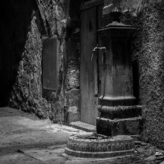 The Well, Bosa, Italy (f/me) Tags: well wells fountain water bw blackandwhite monochrome monochromatic less lessismore italy bosa sardinia sardegna old rusty ruined architecture city square