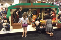 Lifesize LEGO Hobbit House (splinky9000) Tags: fan expo toronto canada lego booth the hobbit an unexpected journey bagend bilbo baggins house lifesize model dwarves statue thorin oakenshield bombur catwoman cosplay guest