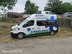 RENAULT Trafic L2H2 Gifa - Yves LAURENT (Clément Quantin) Tags: ambulance assu secours urgence soins renault trafic dci l2h2 gifa yves laurent fête car ardèche vanosc