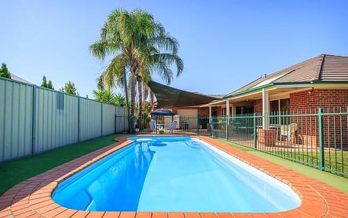 7 Privett Place, Lavington NSW