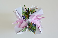 Alpina Variation Octahedron (Byriah Loper) (Byriah Loper) Tags: origami origamimodular modularorigami modular octahedral octahedron byriahloper paperfolding paper polygon polyhedron kusudama pattern