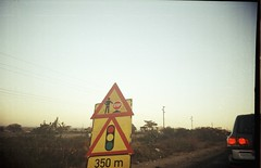 roadworks (meeeeeeeeeel) Tags: lomolca lomo filmscan filmphotography film fotodefilme filme