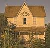 Fort Dufur 3156 D (jim.choate59) Tags: dufur dufuroregon sunflowers fortdufur abandoned house oldhouse decay rural ruraldecay smalltown centraloregon summer jchoate d610 on1pics