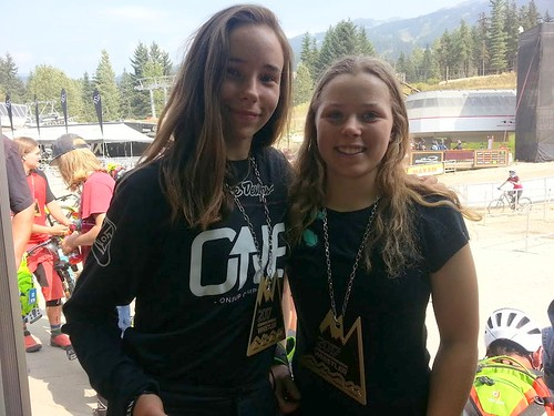 Crankworx Ainhoa and Lucy ijurkoracing